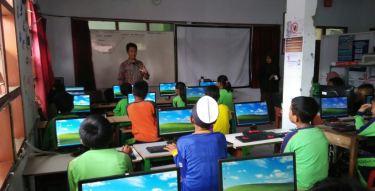Pelatihan Komputer Gratis bagi Anak-anak_foto 2